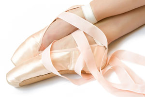 Ballet Pointe Shoes - Straight to the Pointe